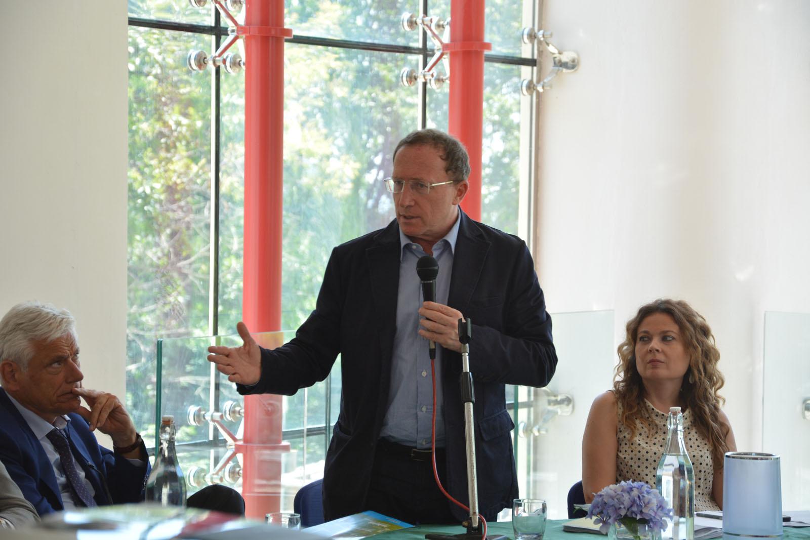 Fulvio Bonavitacola, vice presidente regione campania